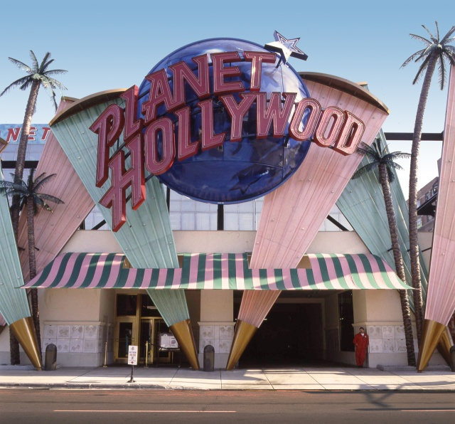 planet-hollywood-001